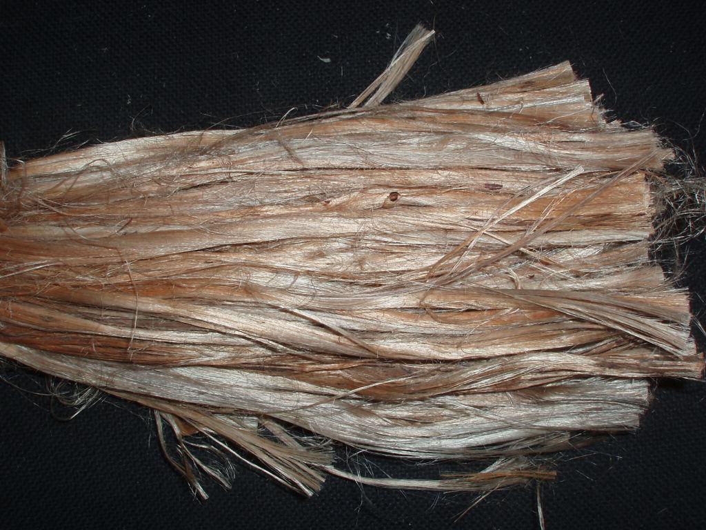 Зачастую джутовое волокно разбавляется льном.