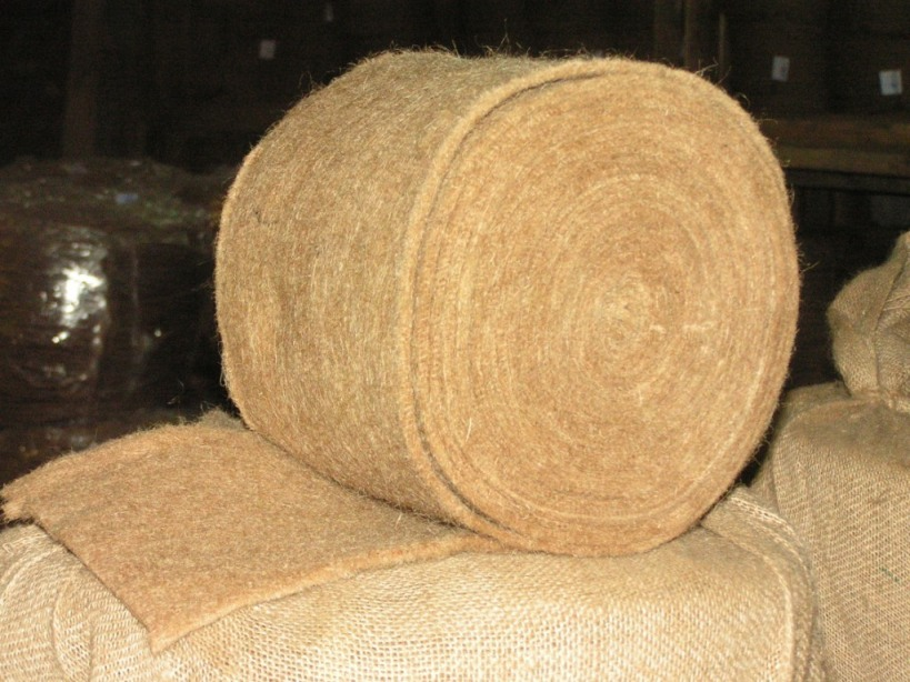 Этот экологичный материал получил широкое распространение в теплоизоляции жилища.