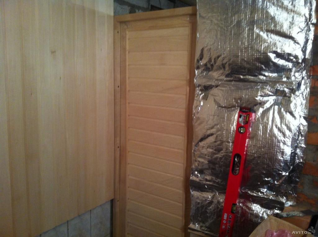 При использовании утеплителя внутри помещения, необходим пароизоляционный слой