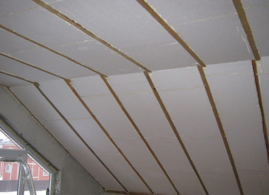Выбор утеплителя зависит от того, для какой крыши он будет использоваться.