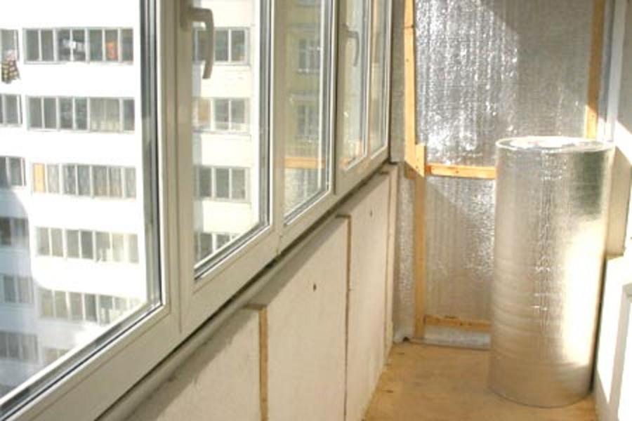 Красивый, утепленный балкон может послужить способом для расширения жилища